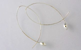 Anther small on gold wire