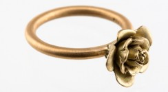 Rose satin ring