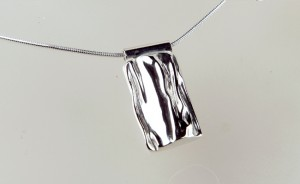 Tundra large silver pendant