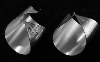 Leaf silver napkin rings